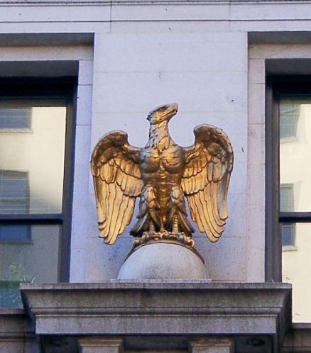 Did the falcons on Baltimore's Continental Trust Building inspire
