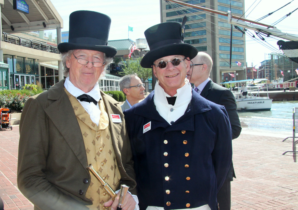 Tourguide Fred Taylor (aka Francis Scott Key) and boat captain Garry Domnisse, of the Watermark chartered tour company. (Photo by Fern Shen