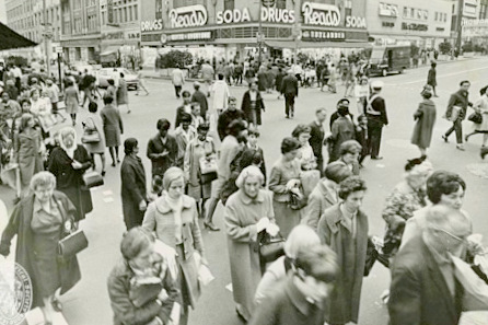 Howard Street shoppers, 1966. (Maryland State Archives)