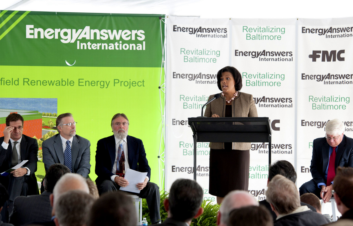 Mayor Stephanie Rawlings-Blake at the Oct 2010 Fairfield Renewable Energy Plant ceremony. (Photo credit: Jay Baker, the Executive Office of Governor Martin O'Malley)