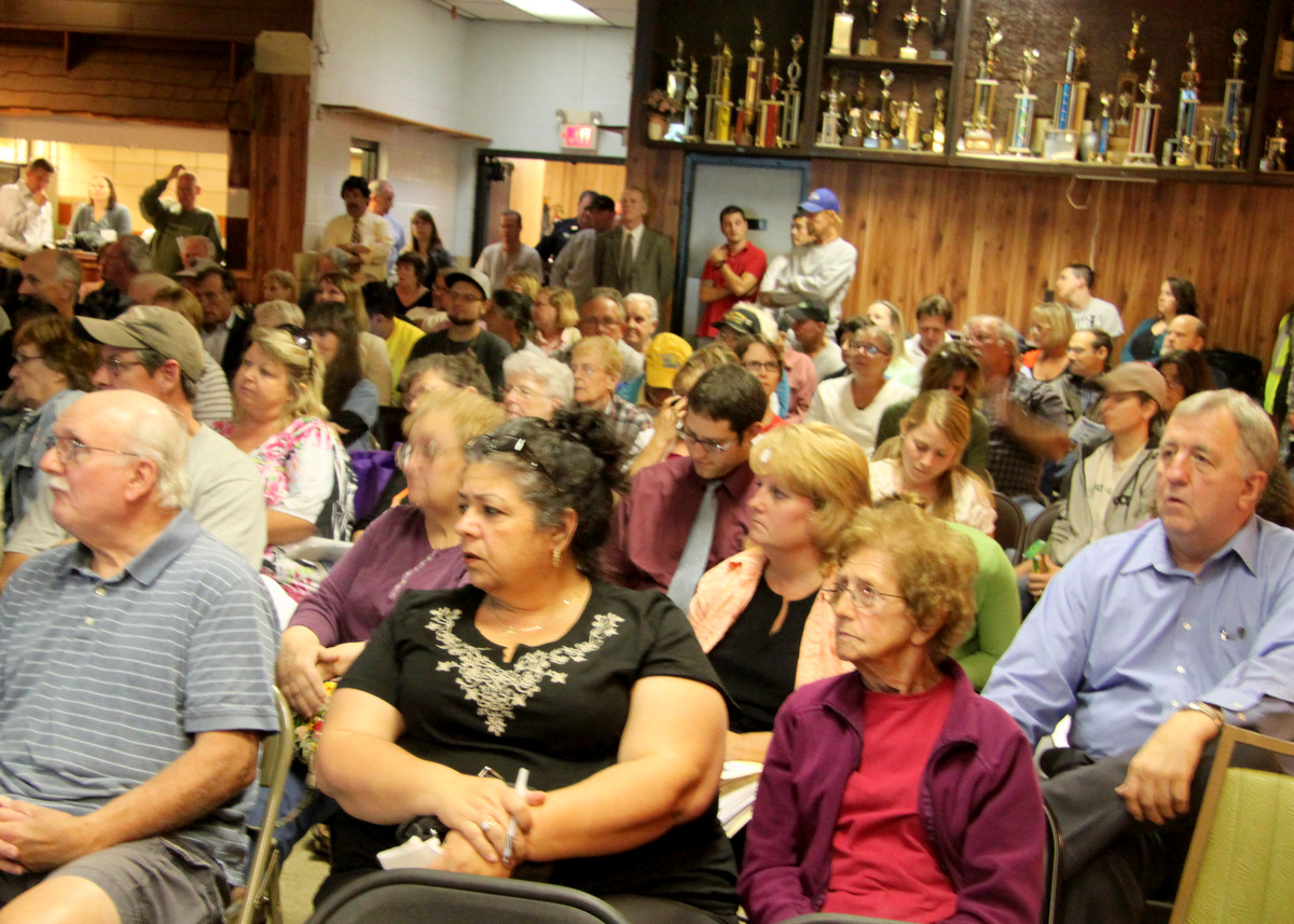 Residents meeting in Morrell Park last night told city, state and CSX officials they do not want a truck and rail facility there.