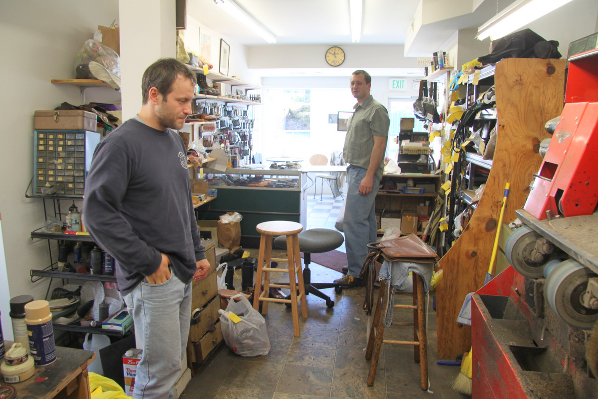Zbigniew and Stefan Gegala in their father's north Baltimore shop. (photo by Fern Shen)