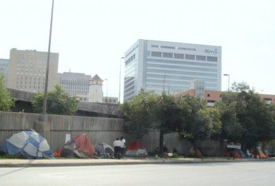 Encampment of people living on downtown Baltimore's Fallsway. (photo by fern Shen)