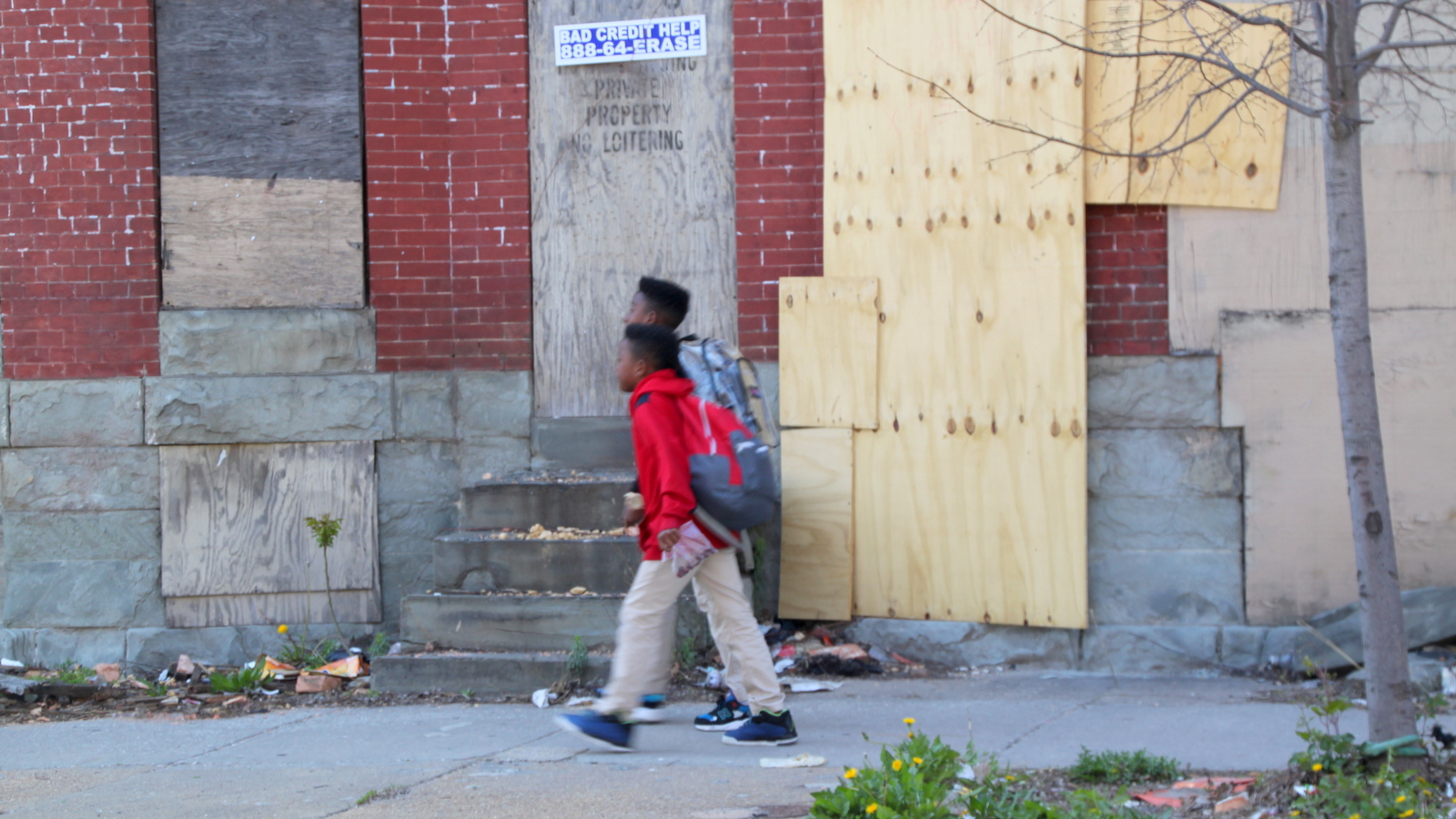Data showed 722 vacants within a quarter-mile radius of one West Baltimore school. (Fern Shen)