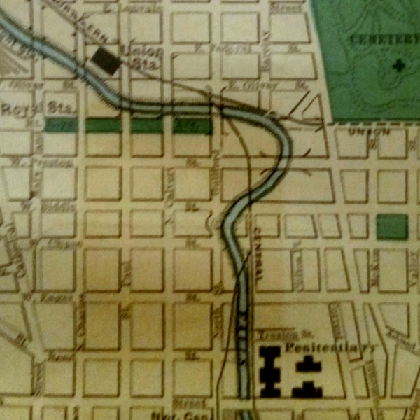This 1912 map of Baltimore shows the Jones Falls curling to the east around Preston Street. Around 1915, the stream was covered over by the present-day Fallsway. (Rand-McNally)