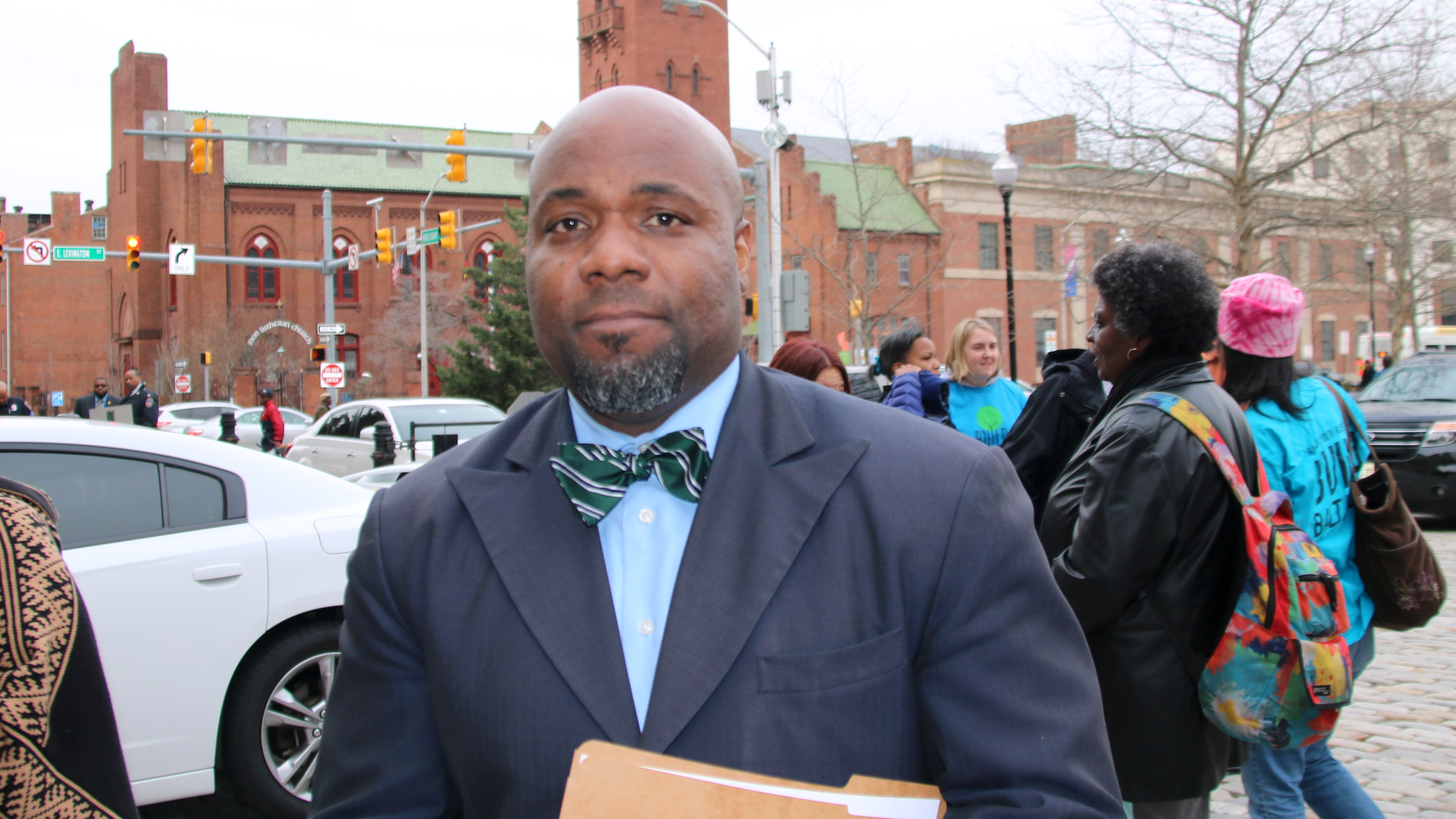 Craig Rivers was one of 50 principals who rallied outside City Hall caliing on city leaders to help close the budget gap. (Fern Shen)