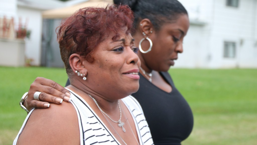 Davon Fair's grandmother, Adreanne Bethea, and mother, Krenne Simmons. (Louis Krauss)