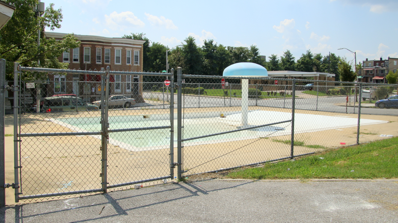 Residents said the William McAbee/ Lillian Jones wading pool was closed for most of the summer. (Fern Shen)