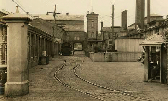 The Poole & Hunt Foundry and Machine Works a century ago, and the same site (below) after they were turned into offices. shops and a restaurant by Struever Brothers, Eccles & Rouse. (CHAP)