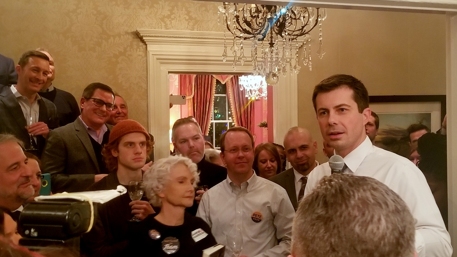 At a fundraiser in North Baltimore, presidential candidate Pete Buttigieg addresses the crowd. (Ed Gunts)