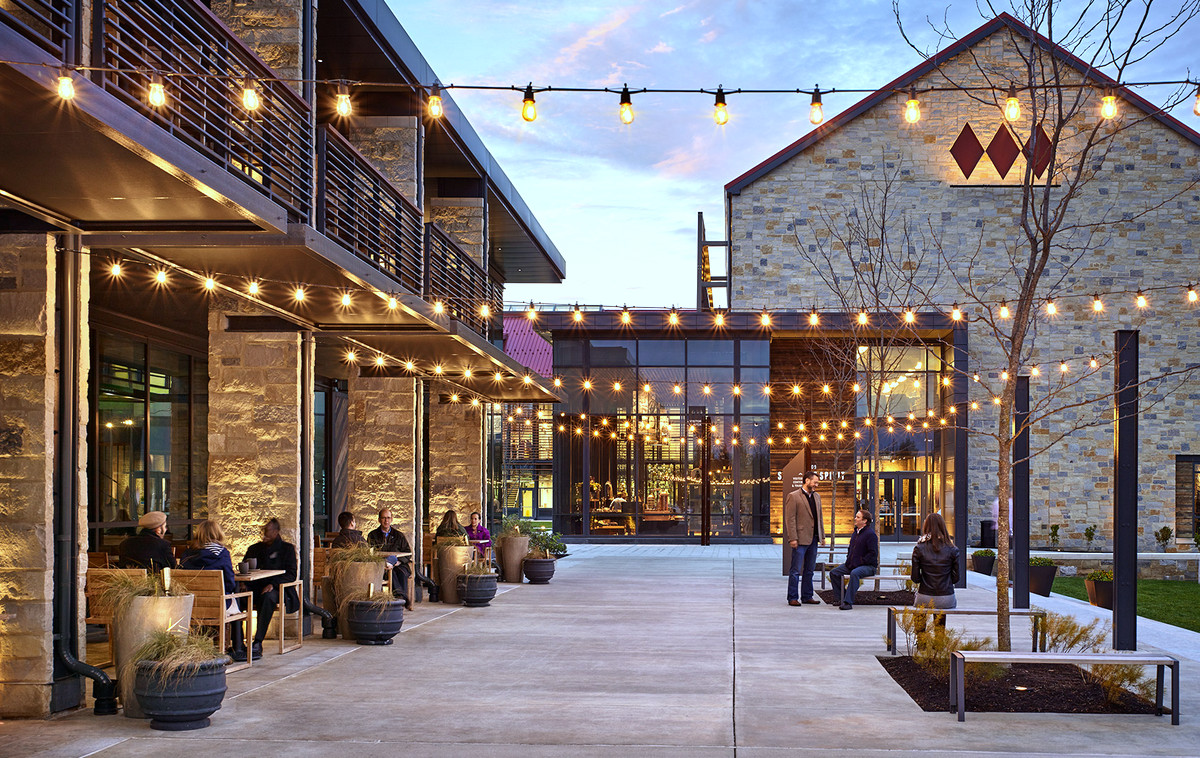 The tavern and gift shop at the Sagamore Distillery in Port Covington. (asg-architects.com)