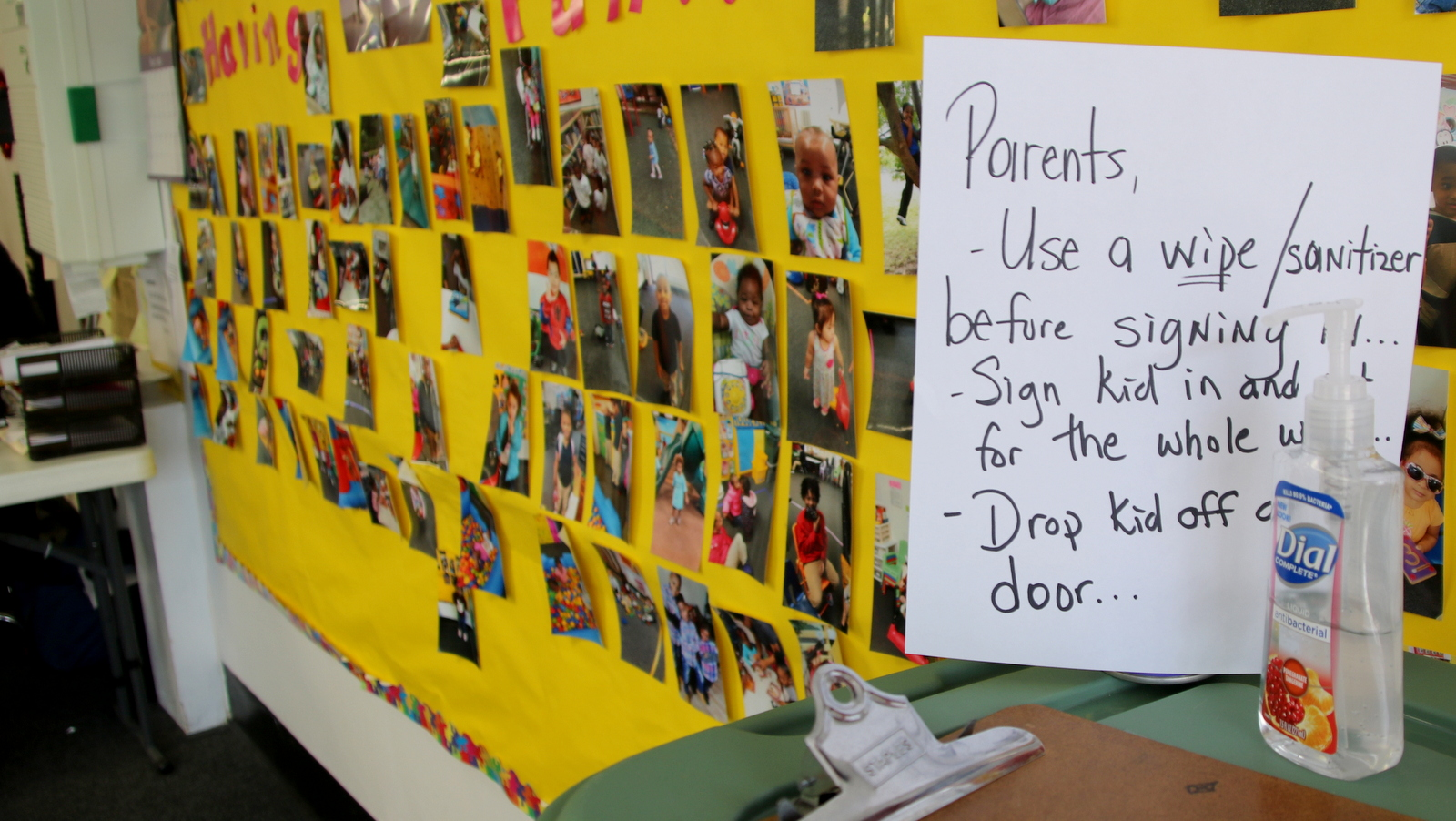 Warnings for parents at B. Angels Christian Early Learning Center. (Fern Shen)