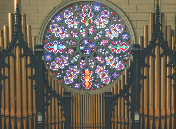 A stained-glass rose window and M.P. Moller Organ – with 3,927 pipes – are among he church's many unique features. (bwcumc.org)