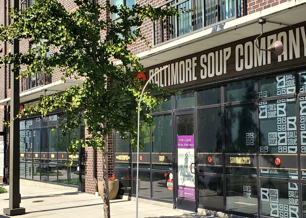 Vacant retail space will be rezoned to allow a new tavern and perhaps live entertainment at 2 Wells Street courtesy of a bill sponsored by Councilman Eric Costello. (Ed Gunts)