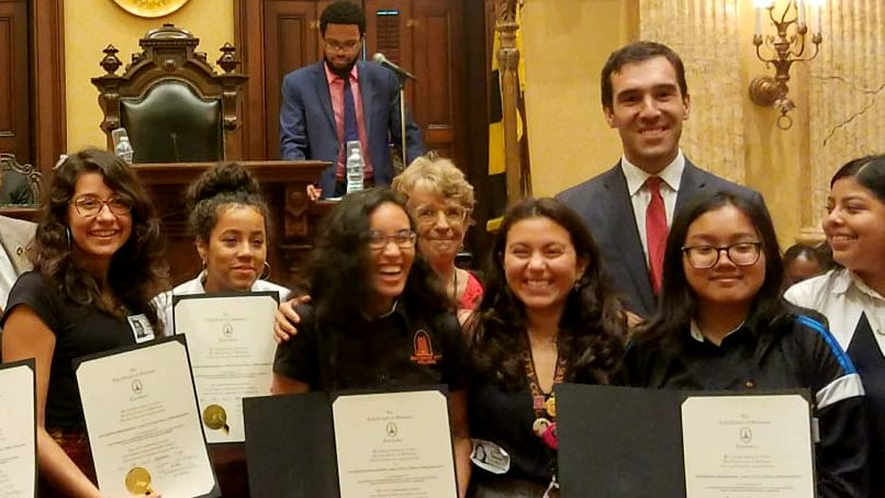 Councilman Zeke Cohen poses in 2018 with Franca Muller Paz (far left) and members of SOMOS (Students Organizing a Multicultural and Open Society.) (Facebook)