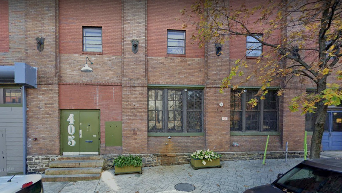 The owners of 405 East Oliver Street have put the building up for sale. (Google StreetView)