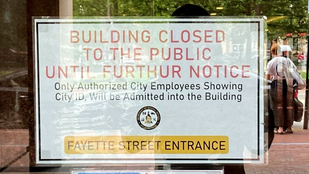 Sign in front of the Benton Municipal Building on East Fayette Street. (Timothy Dashiell)