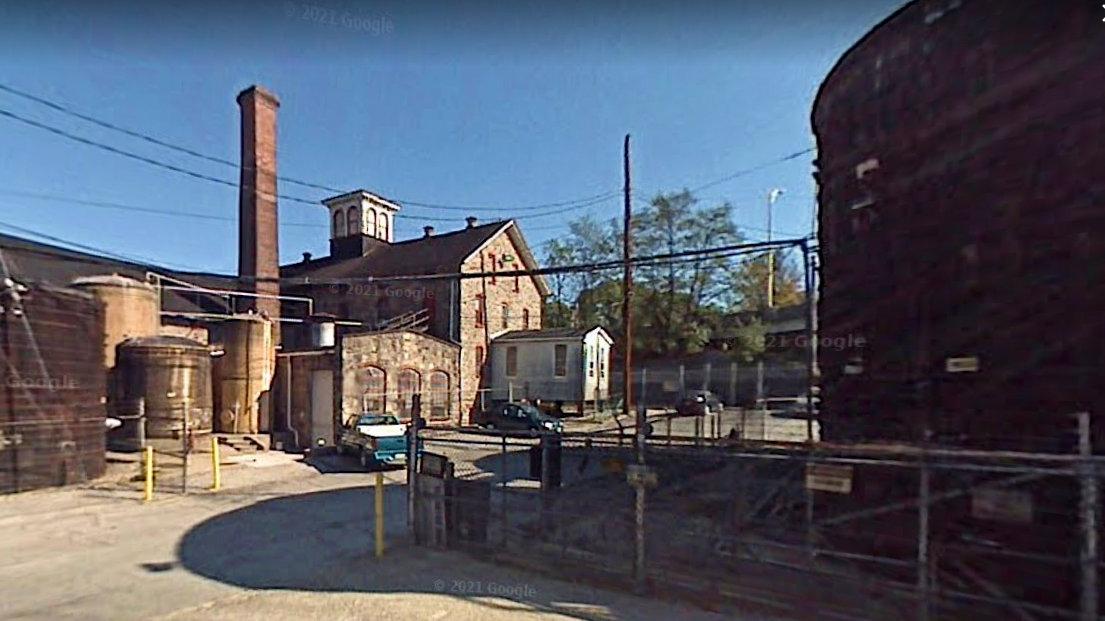 The vinegar plant at 1915 West Old Coldspring Lane. (Google Streetview)